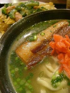 Lunch / 半沖縄そば 半ゴーヤーチャンプルー定食 (ちゃんぷるぅ家)