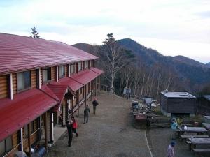 Kumotori-Sanso 雲取山の山頂へ(雲取山縦走)
